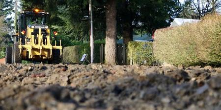 City to spread gravel on 50 miles of unpaved streets