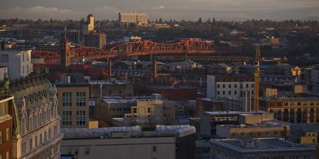 Portland, Oregon passes a tax to fund clean energy initiatives